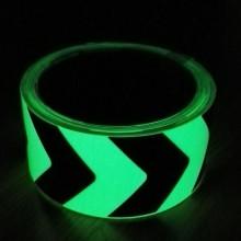 Rollo de cinta adhesiva fotoluminiscente direccional